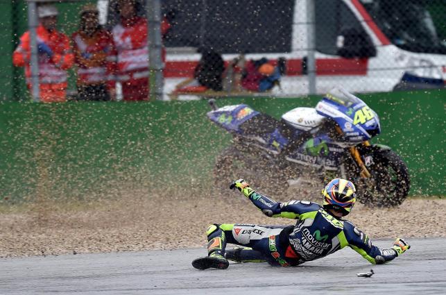 Valentino Rossi zaliczył upadek podczas treningu