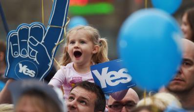 Szkoci decydują w referendum, czy wybrać niepodległosć