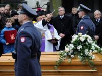 Pogrzeb córki marszałka Piłsudskiego. Jadwiga Piłsudska-Jaraczewska spoczęła na Powązkach