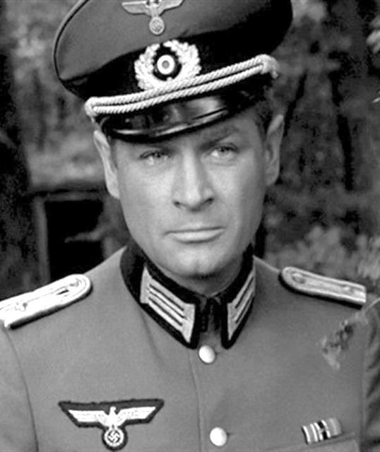 """Stanisław Mikulski w serialu """"Stawka większa niż życie"""" (1967 –1968)"""