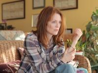 """""""Wolałabym mieć raka"""". Oscarowa Julianne Moore i """"Motyl Still Alice"""" w polskich kinach [ZDJĘCIA]"""