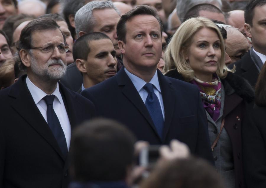David Cameron na marszu w Paryżu