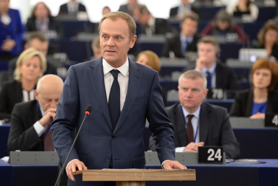 Donald Tusk podczas wystąpienia w PE