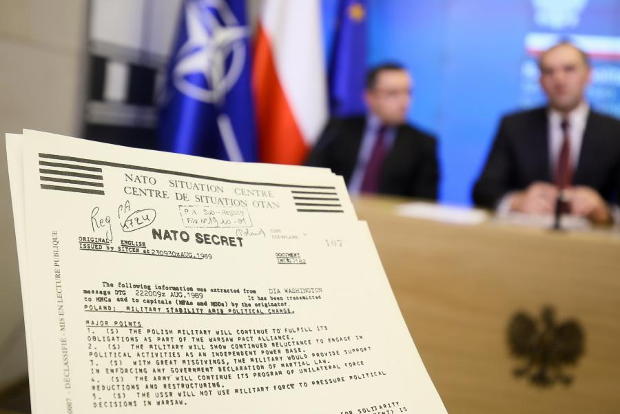 Odtajnione dokumenty NATO