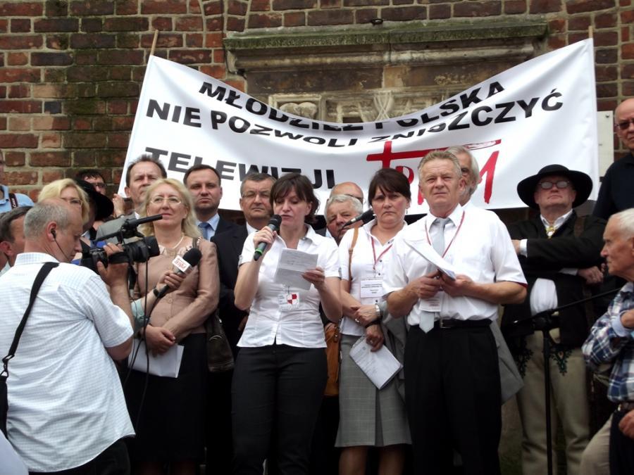 Ewa Stankiwicz i politycy Prawa i Sprawiedliwości, fot.: Piotr Drabik. Licencja CC BY 2.0