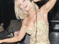 """Kocham wódkę"". Tak się bawi Joanna Krupa [FOTO]"