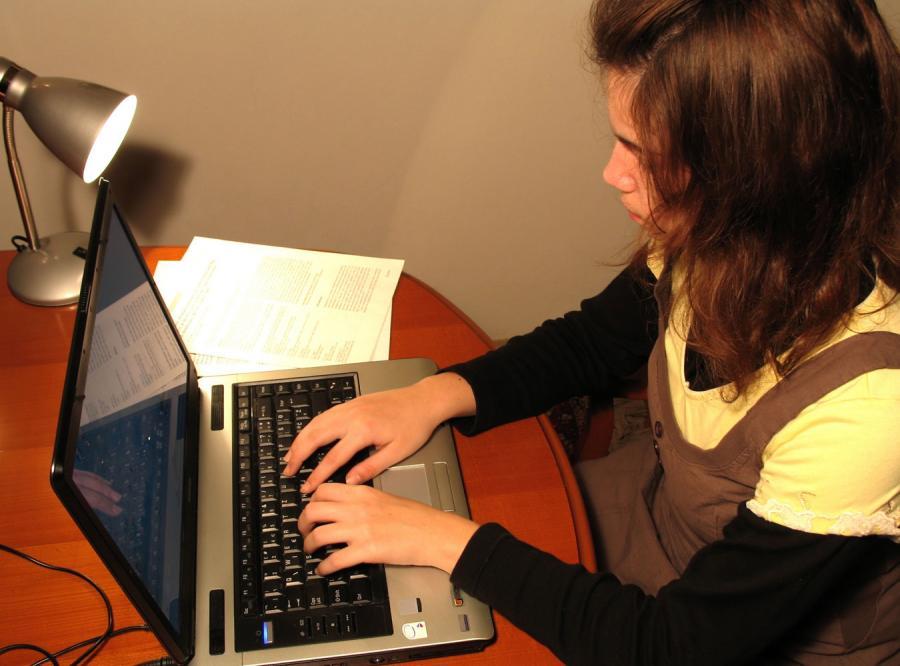 Dorasta pierwsze pokolenie młodych ludzi wychowanych na komputerach