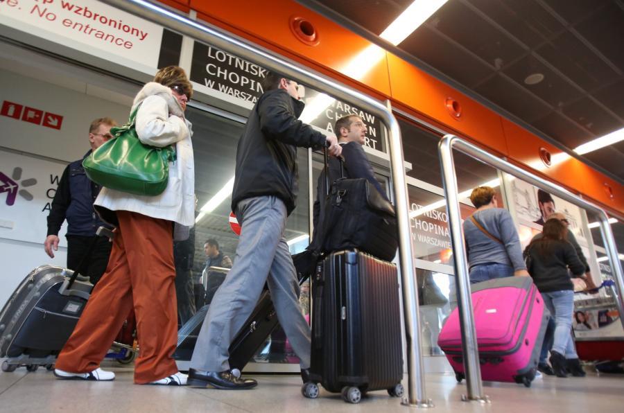 Polscy turyści wracają z Tunezji