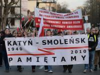 """""""Putin, odpowiesz za Smoleńsk"""". Manifestacja przed ambasadą Rosji"""