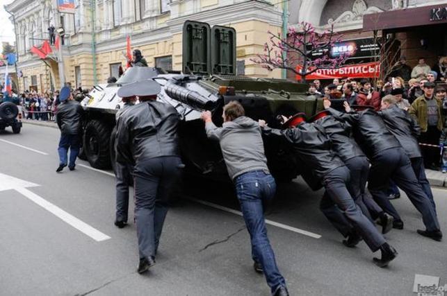 MOSKWA: OSTATNIE PRZYGOTOWANIA DO PARADY ZWYCIĘSTWA