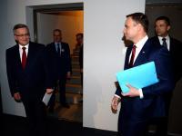 """Wygrał Komorowski czy Duda? """"Debata nie rozstrzygnie wyborów. Niezdecydowani wciąż szukają"""". KOMENTARZ"""