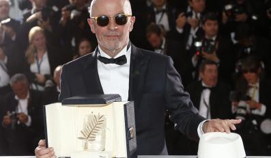 """Jacques Audiard ze Złotą Palmą festiwalu w Cannes za film """"Dheepan"""""""