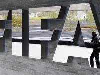 Aresztowania działaczy FIFA. Śledztwo w sprawie przyznania MŚ Rosji i Katarowi