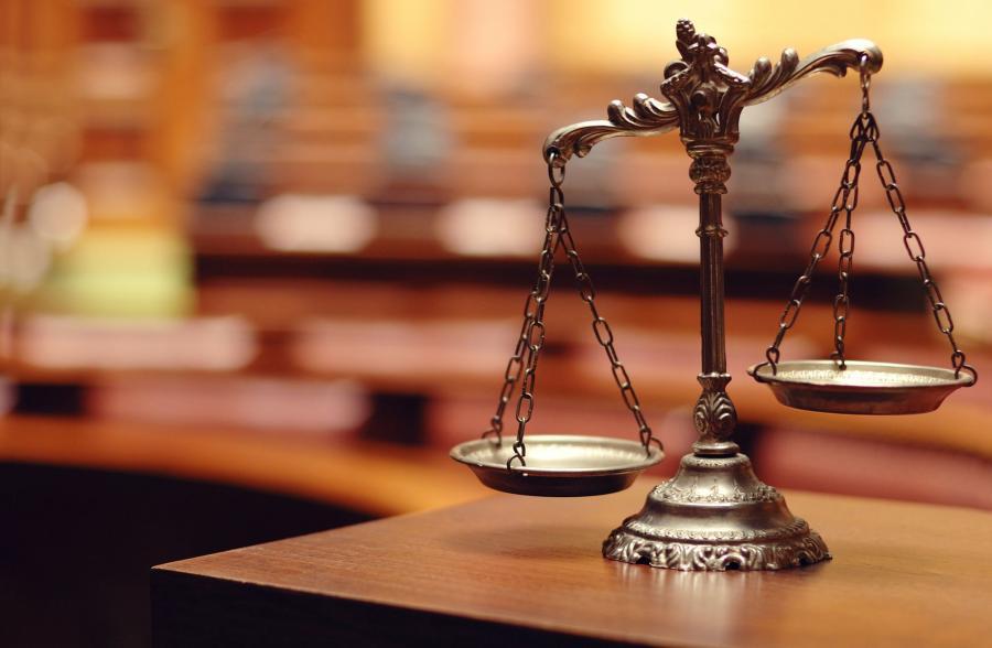 Waga - symbol prawa i sprawiedliwości