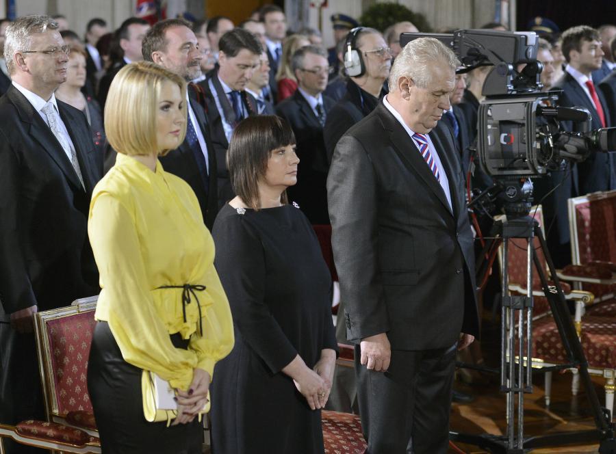 Katerina Zemanova, jej matka Ivana i ojciec Milos Zeman, prezydent Czech