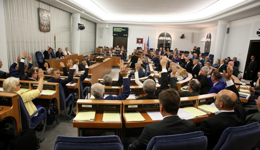 Głosowanie nad zgodą na zarządzenie referendum