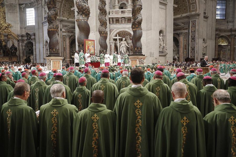 Synod biskupów w Watykanie