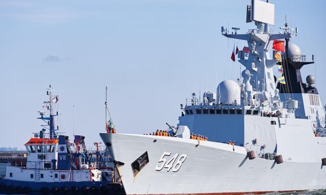Niezwykła wizyta w Gdyni. Chińskie okręty wojenne wpłynęły do portu [ZDJĘCIA]