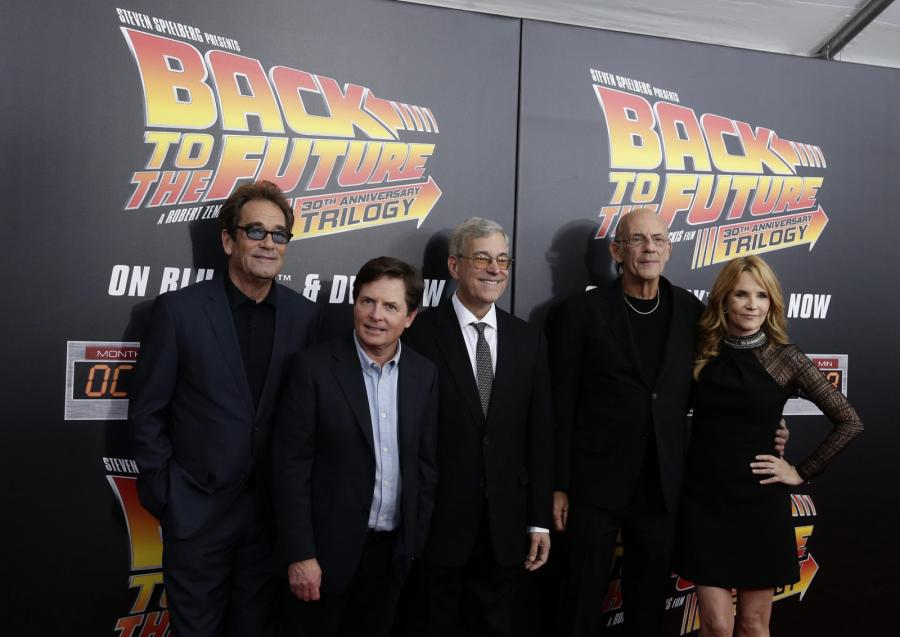 Huey Lewis, Michael J. Fox, scenarzysta Bob Gale, Christopher Lloyd i Lea Thompson
