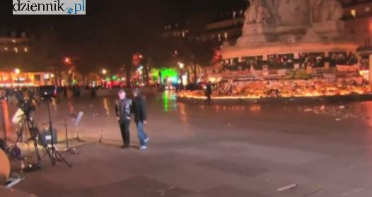 Opustoszały plac Republiki w Paryżu