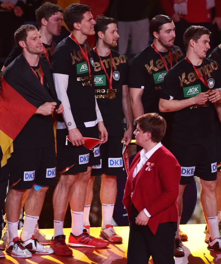 Premier Beata Szydło wygwizdana podczas wręczania medali