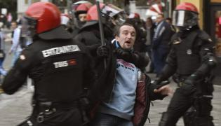 Zamieszki przed meczem Athletic Bilbao - Olympique Marsylia