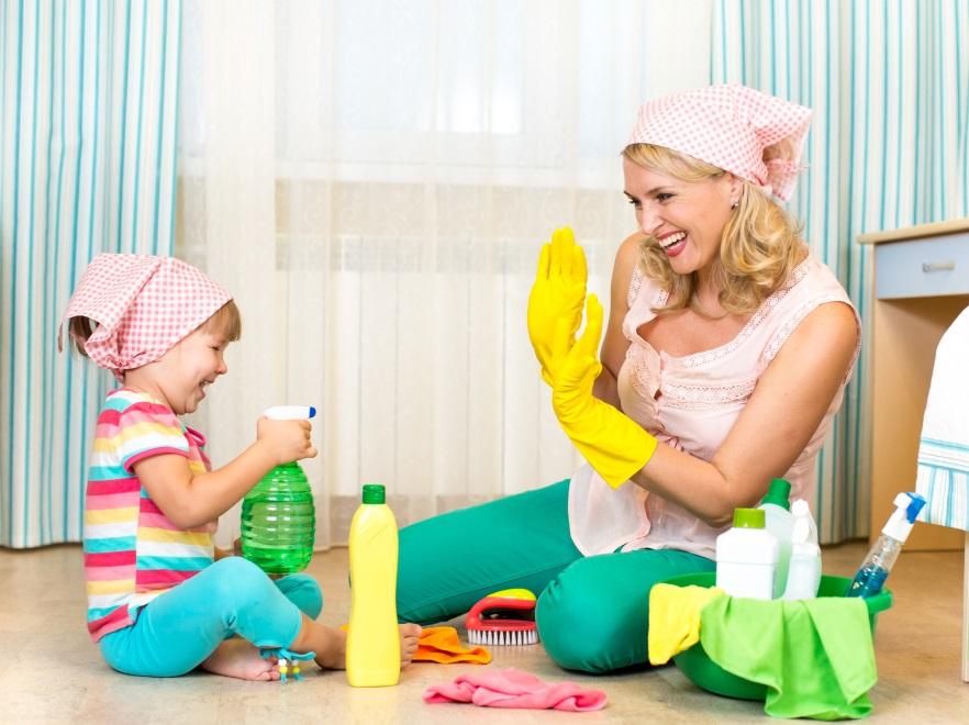 Sprzątanie z dzieckiem