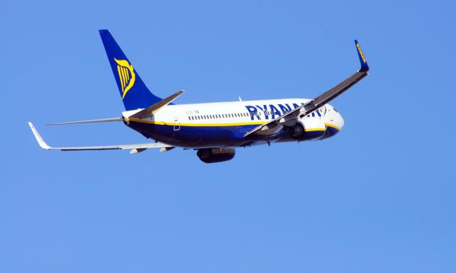 Ryanair odwołał ponad 100 lotów z i do Polski. Sprawdź LISTĘ