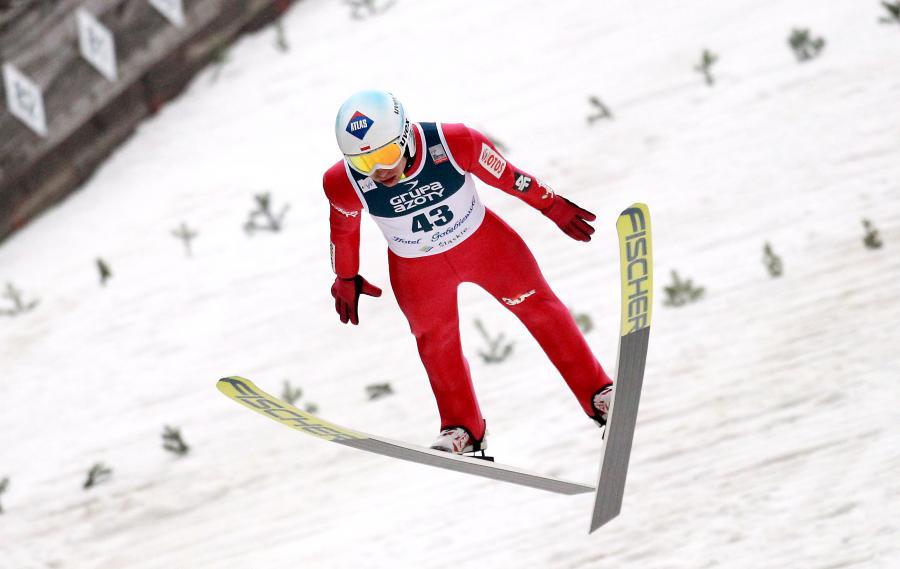 Kamil Stoch podczas treningu przed zawodami Pucharu Świata w skokach narciarskich w Wiśle