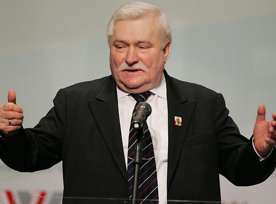 Lech Wałęsa zaśpiewa... \