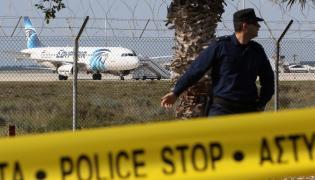 Porwany samolot na lotnisku w Larnace