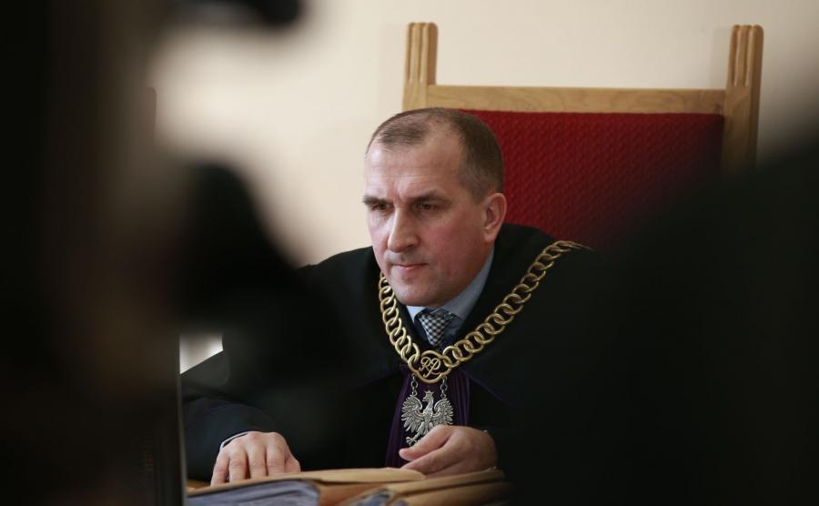 Sędzia przewodniczący Jarosław Przybyliński podczas rozprawy