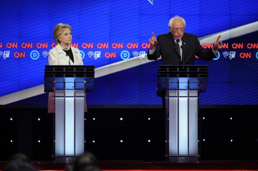 Debata Clinton-Sanders