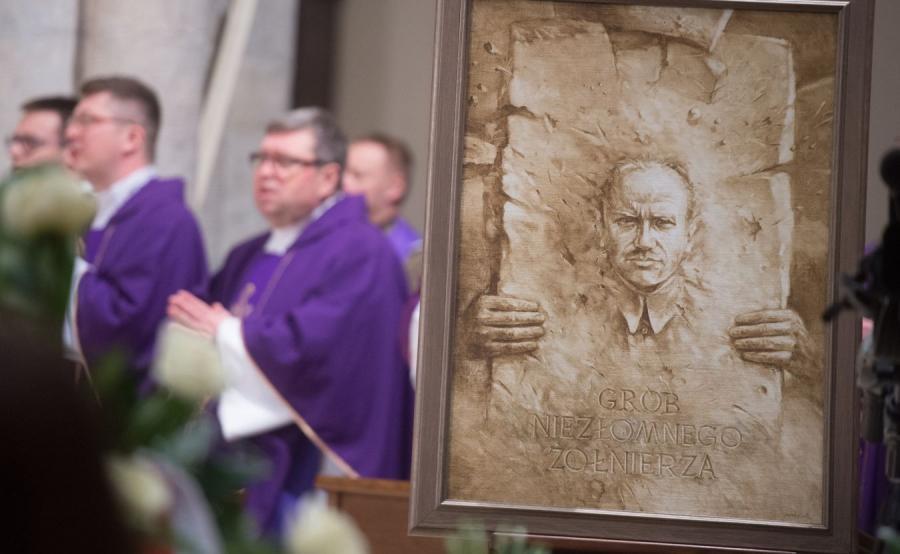 Uroczystości pogrzebowe płk Zygmunta Szendzielarza \