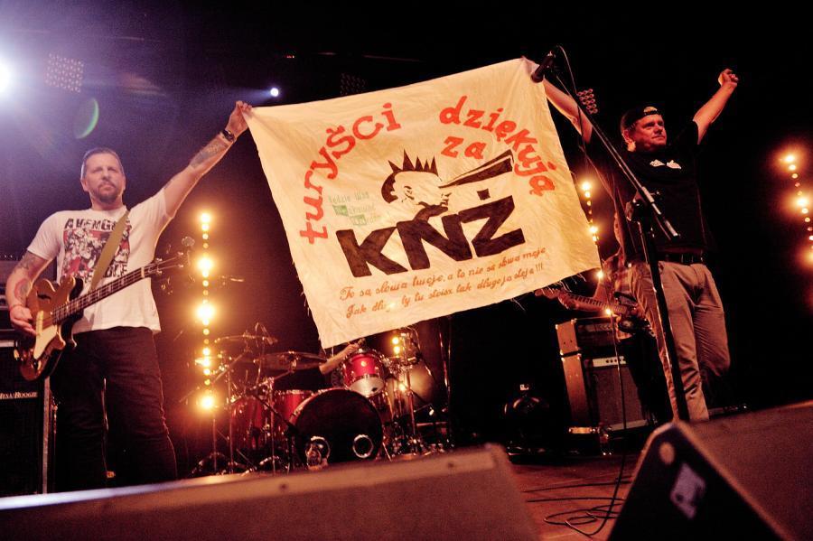Kazik na Żywo prezentuje nowy, ale już ostatni album