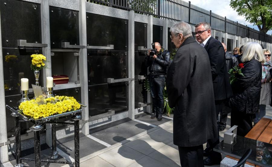 Mąż zmarłej, jazzman Wojciech Karolak, Artur Andrus i Magda Umer