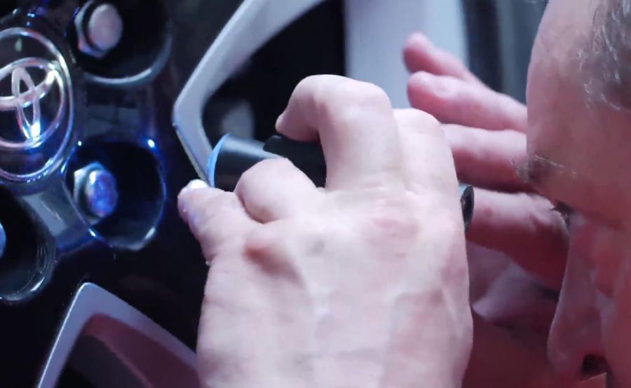 Toyota wprowadza DNA Program