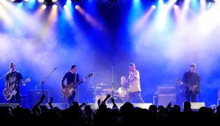 """KNŻ zagra swój ostatni koncert na Cieszanów Rock Festival w ramach projektu """"3xKazik"""" / fot. Konrad Jaraszek"""