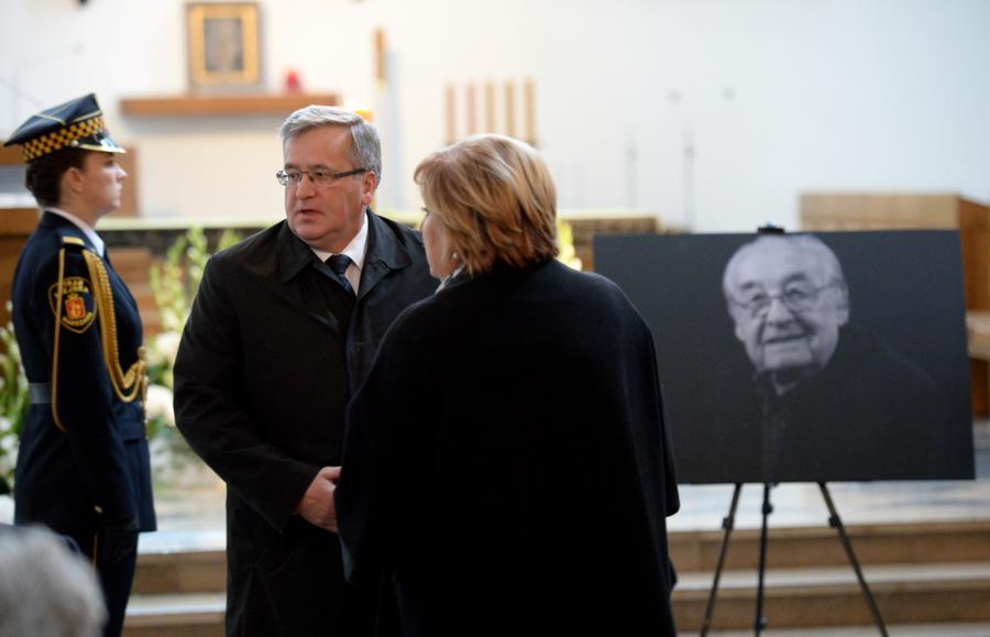 Były prezydent Bronisław Komorowski z żoną Anną w kościele