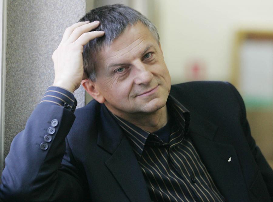 Zybertowicz: Policja chowa głowę w piasek