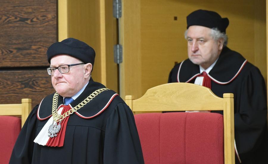 Sędzia przewodniczący Stanisław Biernat i sędzia sprawozdawca Andrzej Rzepliński