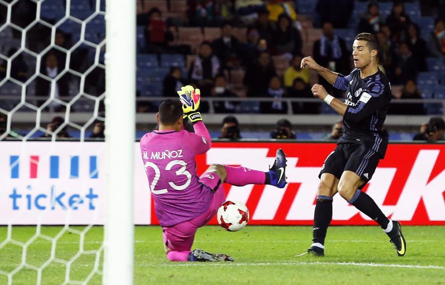 Cristiano Ronaldo i Moises Munoz