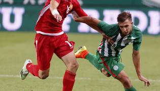 Dominik Nagy (w zielonym stroju)